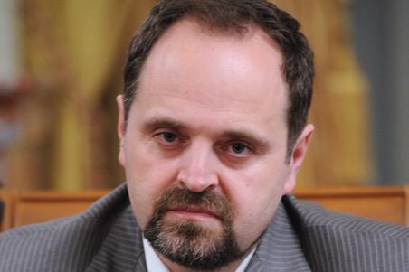 Инвестиции крупнейших нефтяных компаний РФ нашельфе снизились на3 млрд руб.