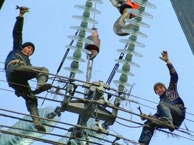 Без электричества остаются неменее 3-х тыс. граждан Кубани