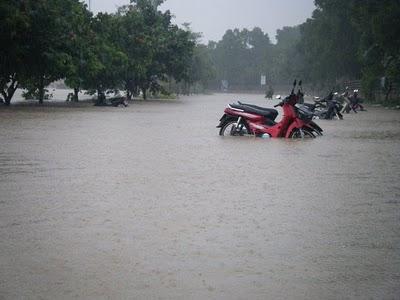 Вюжном Таиланде из-за наводнений погибли одиннадцать человек