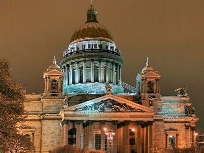 Союз музеев осудил передачу Исаакиевского храма РПЦ