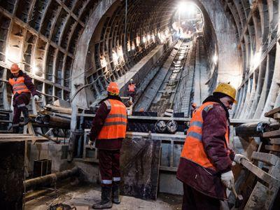 Монтаж эскалаторов начался настроящейся станции «Селигерская» Люблинско-Дмитровской линии метро