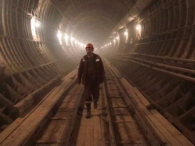 Настроящейся станции «Селигерская» приступили кмонтажу эскалаторов