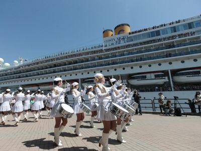Круизный лайнер Costa Victoria вновь посетил порт Владивосток