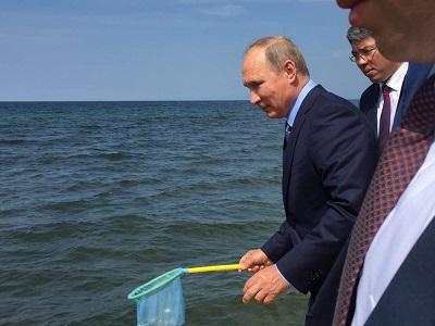 Путин подумает над выдвижением собственной кандидатуры нановый срок