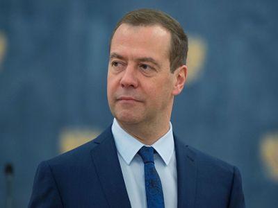 Медведев рассчитывает на предстоящее снижение ставок поипотечным кредитам