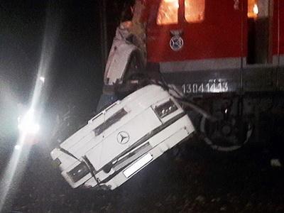 При столкновении поезда иавтобуса под Владимиром погибли 14 человек
