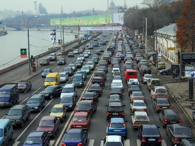Русский рынок легковых авто спробегом всередине сентября этого года