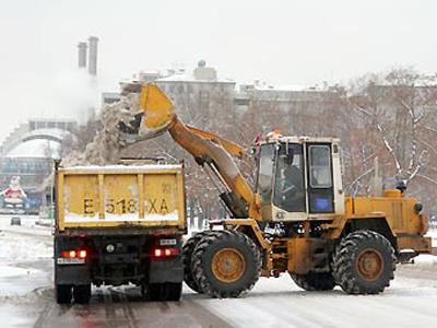 Куборке снега в столице привлечено неменее 10 тыс. единиц специальной техники