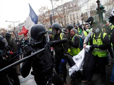 Ворганизации протестов воФранции СБУ обвинила Москву