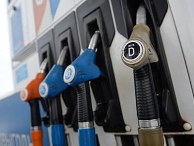 Государственная дума отказалась вводить госрегулирование цен набензин
