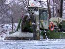 Морозы не мешают экологам вести расчистку реки Воронеж