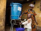 Экспериментальная вакцина эффективно защищает от Эболы