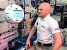 На МКС провели испытания робота-помощника для космонавтов