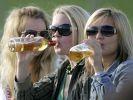 Депутат Госдумы предложил родителям давать подросткам пробовать алкоголь