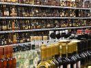 В Госдуме предложили убрать алкоголь и табак из обычных магазинов