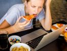 Расстройства психики связаны с неправильным питанием, заявили исследователи