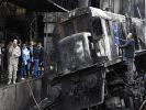 В Каире поезд сошёл с рельсов, врезался в перрон и загорелся: 28 погибших