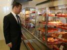 Правительство ужесточит контроль за питанием в госучреждениях после скандала с массовыми отравлениями
