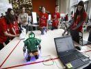 Российские школьники поделились разработками на фестивале роботов