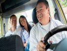 Пассажиры назвали лучшие песни для поездки в такси