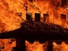 В США подожгли храм жертвам школьной стрельбы во Флориде