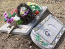В Удмуртии вандалы осквернили около 40 могил