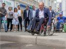 Мэр Нижнего Тагила устроил чиновникам заезд на инвалидных колясках по городу