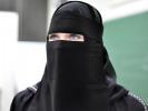 В Нидерландах ввели запрет на ношение никаба в общественных местах