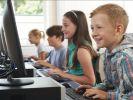 Удмуртские школьники будут изучать родной язык по электронным учебникам