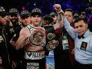 Ковалёв уступил Альваресу титул чемпиона мира Всемирной боксерской организации