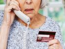 ЦБ назвал основной метод хищения денег с банковских карт