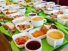Принят закон о бесплатном питании школьников