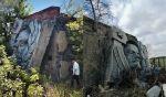 Жители Челябинска обнаружили в кустах монумент Ленину