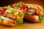 Американцы установили мировой рекорд по поеданию хот-догов