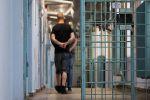 В Бразилии президент наложил вето на обязательное ношение масок в тюрьмах