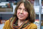 «Белорусские так не могли»: Нобелевский лауреат уверена, что в Минске орудует российский ОМОН
