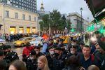 В Минске митингующие пришли к зданиям гостелеканалов