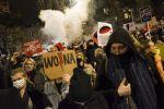 Тысячи жителей Польши протестуют против закона о запрете абортов