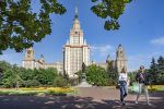 В Россию не могут попасть сто тысяч иностранных студентов
