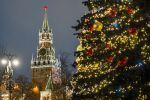 A Christmas tree near Spasskaya Tower.