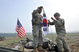 """Южная Корея заявила о готовности """"дать мощный отпор провокациям КНДР"""""""