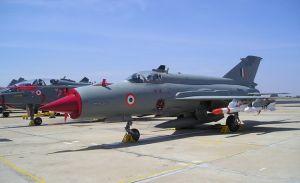 МиГ-21 ВВС Индии потерпел крушение на севере страны
