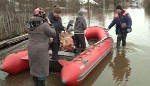 МЧС: 40-километровый ледяной затор в Вологодской области осложнил паводковую ситуацию