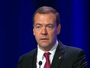 Медведев: Нельзя допустить распада Сирии на террористические анклавы