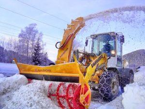 Столичные коммунальщики готовы к снегопаду с метелью