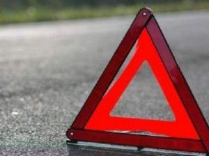 В Карачаево-Черкессии мужчина погиб, упав на машине в обрыв