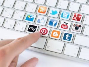 Лаборатория Касперского: российские пользователи не могут оставить соцсети из-за страха потерять друзей и воспоминания