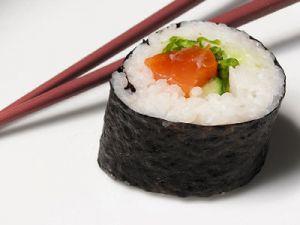 В Красноярске у производителей суши выявлено почти 100% отсутствие маркировки