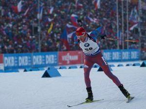 Антон Бабиков выиграл бронзу в масс-старте на этапе Кубка мира в Нове Место