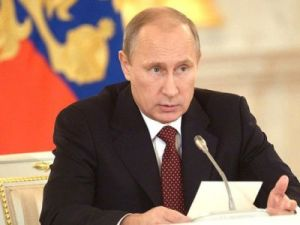 Путин дал ряд поручений по подготовке празднования 100-летия революции 1917 года